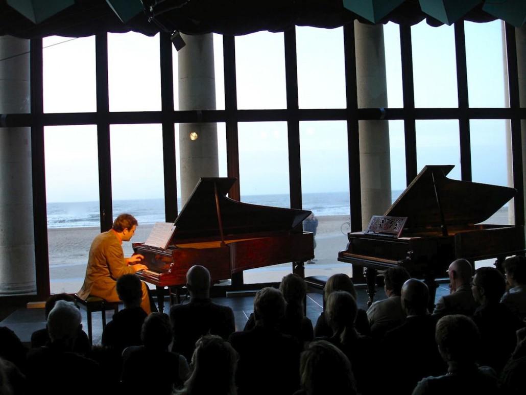 Tobias Koch Pianist (Foto: Ines Schweiger, Oostende / Vrijstaat O)
